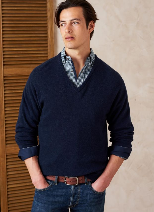 French Navy Cashmere Classic V Neck Jumper MPJ14A6021