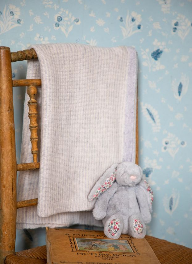 Pearl & Winter White Cashmere Knitted Baby Blanket BB01/LK9776