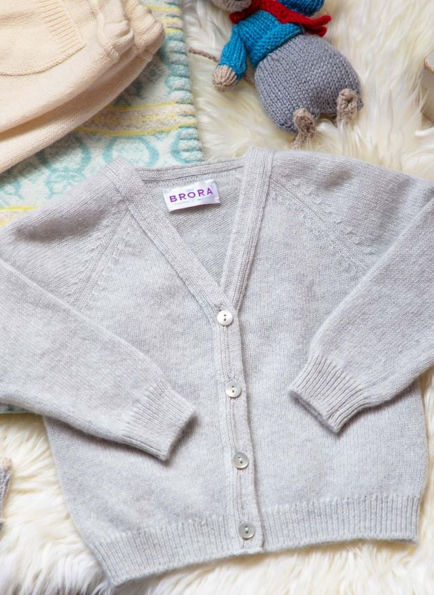 Pearl Cashmere Cardigan KP040A0086