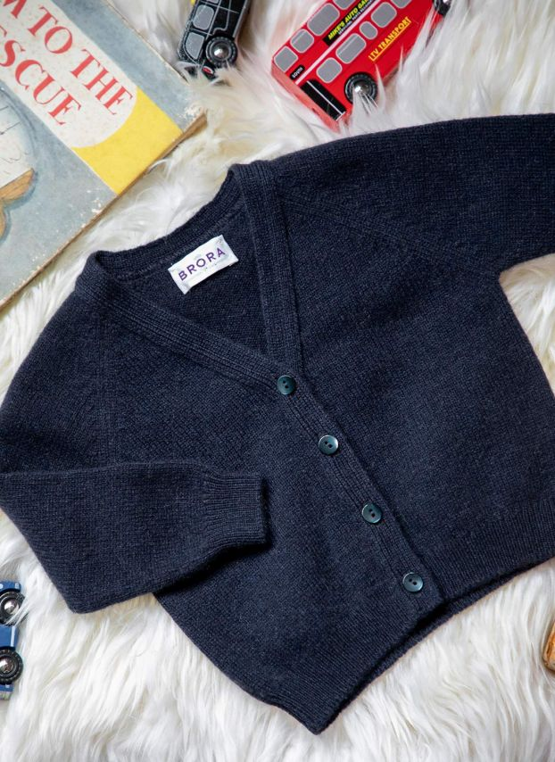 French Navy Cashmere Cardigan KP040A6021